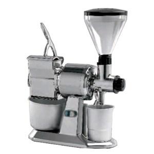 MACINACAFFE'/MACINAPEPE/GRATTUGIA - MOD. MCMPGR CGM - PRODUZIONE ORARIA CAFFE'/FORMAGGIO Kg 10/50 - ALIMENTAZIONE V 230/50-60Hz MONOFASE - POTENZA Kw 0,75 (0,1 Hp) - DIM. Cm L 50 x P 26 x h 65 - NORMA CE