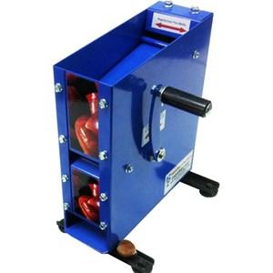 TAGLIACASTAGNE MANUALE DA BANCO - MOD. 80 MANUAL - Calibratura regolabile - Sistema lame ad alta portata - Dimensione cm L 31 X P 24 X H 36 - Norma CE